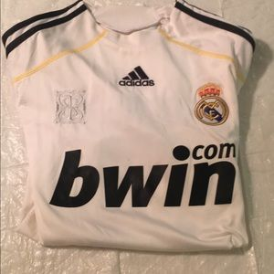2009/2010 Adidas Real Madrid cr7 jersey size M